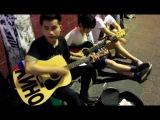 тайцы поют песню группа крови на рукаве (Кино)